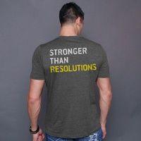 camiseta stronger than resolution