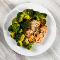 Salmon with brocoli - Mana Foods ManaFoods - 1