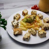Organic tofu with pasta and avocado ManaFoods - 1