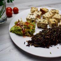 Organic tofu with rice nerone and avocado ManaFoods - 1